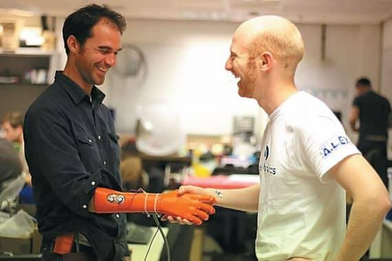 Tangan bionik